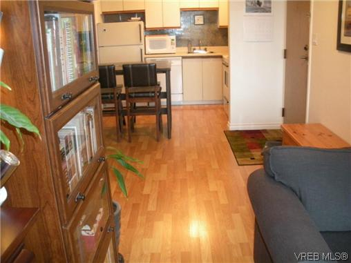Photo 14: 504 1630 Quadra Street in VICTORIA: Vi Central Park Condo Apartment for sale (Victoria)  : MLS® # 316156