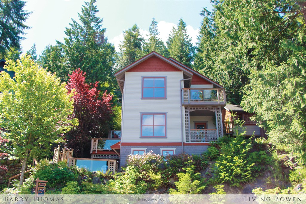 Main Photo: 559 Roocroft Lane in Bowen Island: Artisan Square House for sale : MLS® # V1073600
