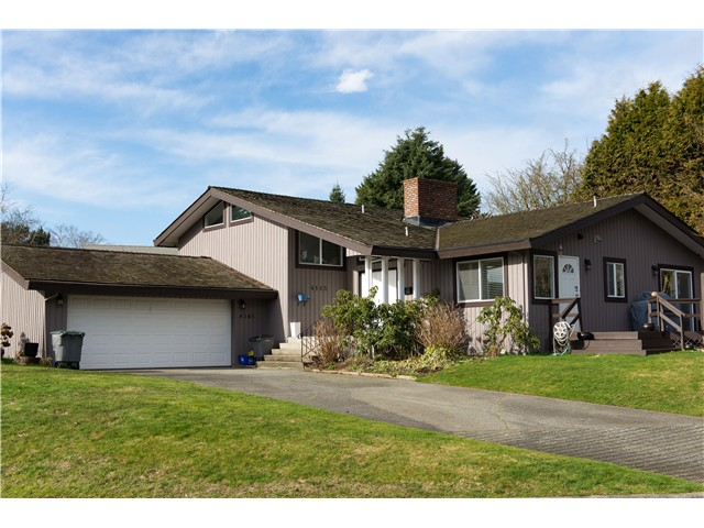 "Main Photo: 4145 STAULO in Vancouver: University VW House for sale in ""Musqueam Lands"" (Vancouver West)  : MLS® # V990266"