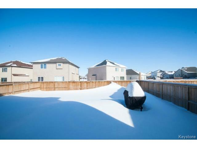 Photo 20: Photos: 33 Grantsmuir Drive in WINNIPEG: North Kildonan Single Family Detached for sale (North East Winnipeg)  : MLS® # 1403293