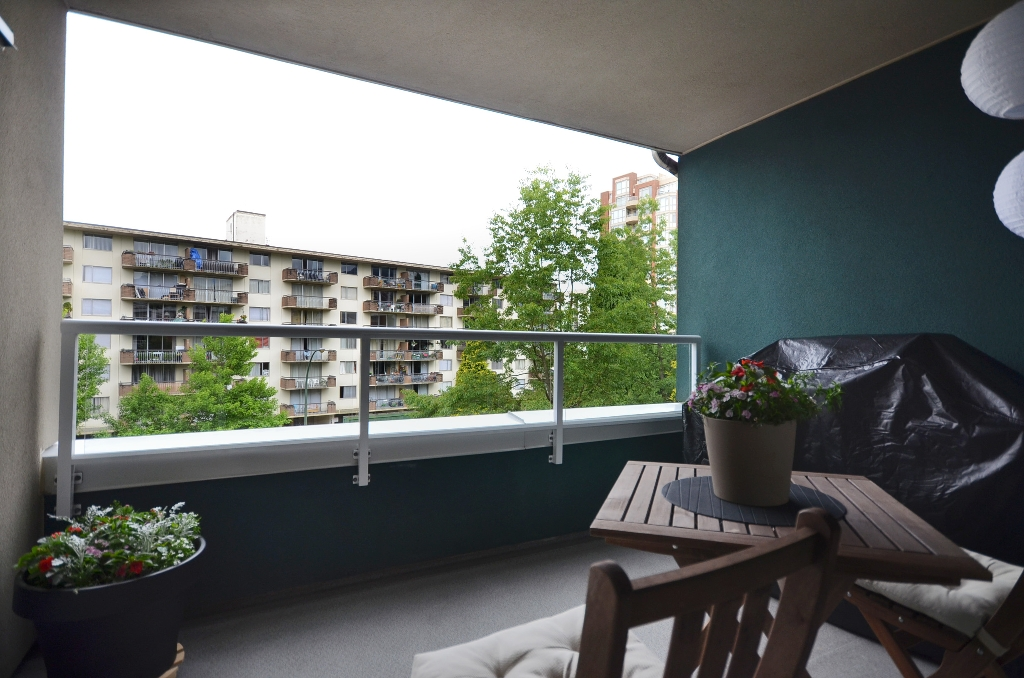 "Photo 10: 316 128 W 8TH Street in North Vancouver: Central Lonsdale Condo for sale in ""THE LIBRARY"" : MLS(r) # V958472"