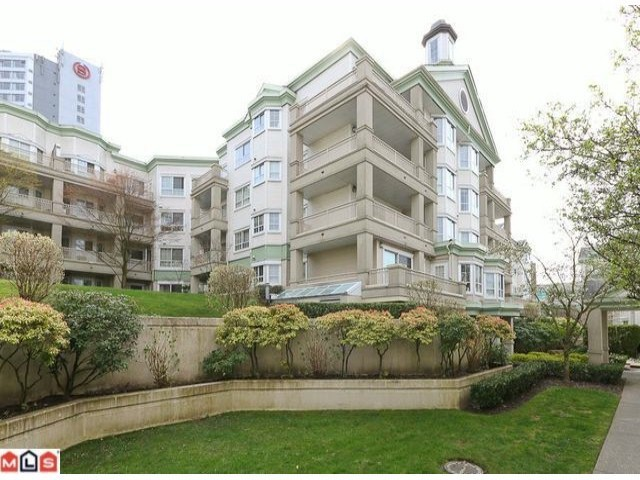 "Photo 2: 106 15268 105TH Avenue in Surrey: Guildford Condo for sale in ""GEORGIAN GARDENS"" (North Surrey)  : MLS(r) # F1301327"