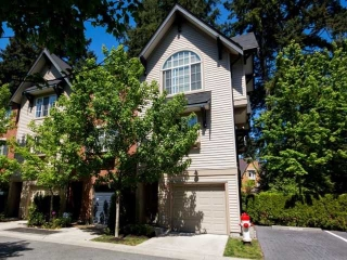 Main Photo: 46 550 BROWNING Place in North Vancouver: Seymour Townhouse for sale in &quot;TANAGER&quot; : MLS(r) # V1005717