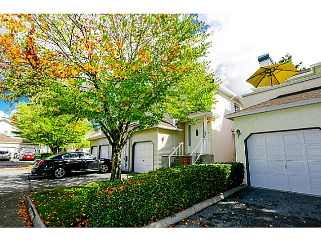 Main Photo: 38 150 10038 in Surrey: Guildford Townhouse for sale (North Surrey)  : MLS® # F1424008
