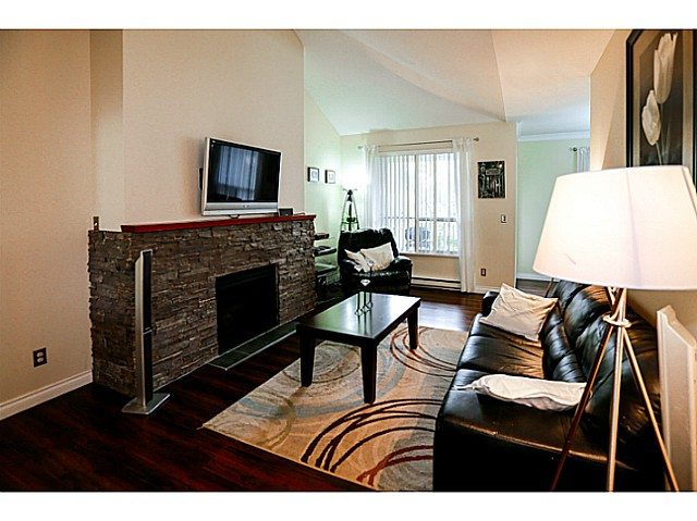 Photo 5: 38 150 10038 in Surrey: Guildford Townhouse for sale (North Surrey)  : MLS® # F1424008