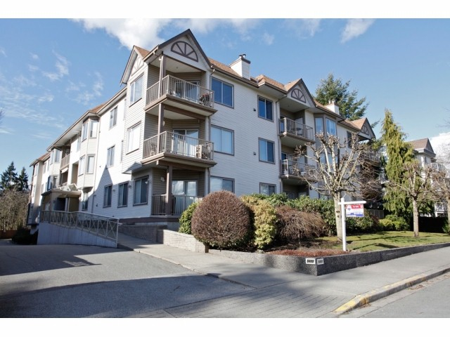 Main Photo: # 106 5489 201ST ST in Langley: Langley City Condo for sale : MLS®# F1426077