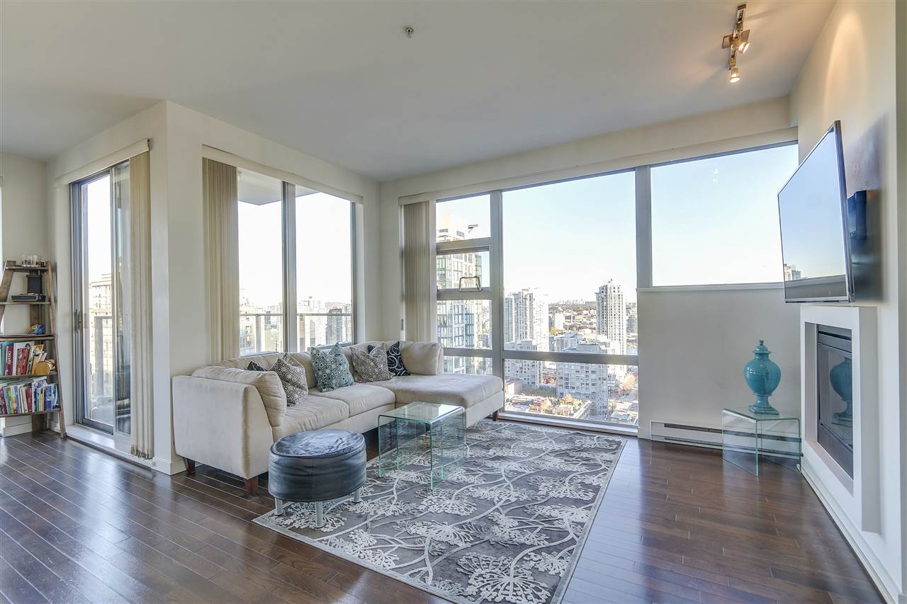 Photo 3: 2402 1225 RICHARDS STREET in Vancouver: Downtown VW Condo for sale (Vancouver West)  : MLS® # R2115954