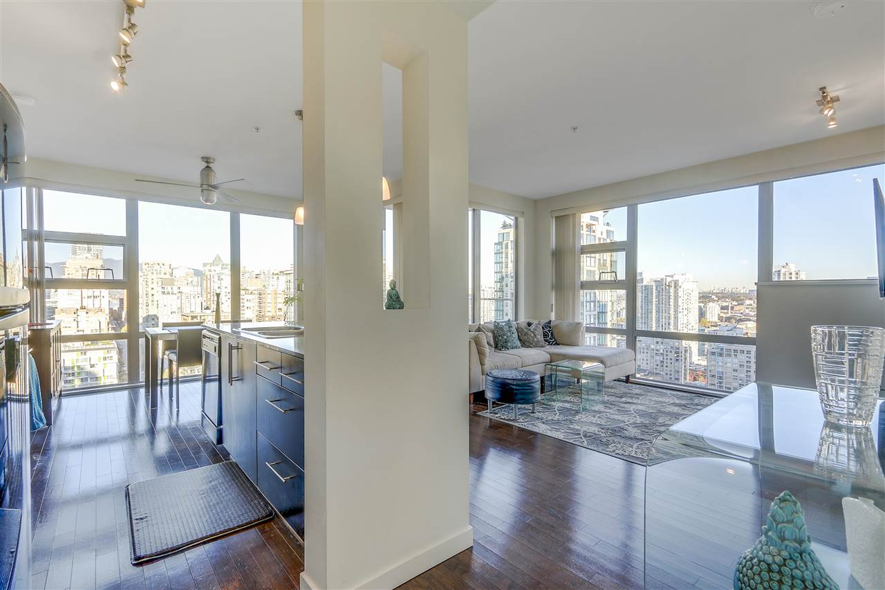 Photo 2: 2402 1225 RICHARDS STREET in Vancouver: Downtown VW Condo for sale (Vancouver West)  : MLS® # R2115954