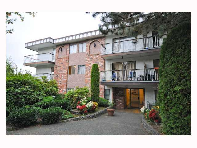 "Main Photo: 107 1611 E 3RD Avenue in Vancouver: Grandview VE Condo for sale in ""Villa Verde"" (Vancouver East)  : MLS(r) # V928792"