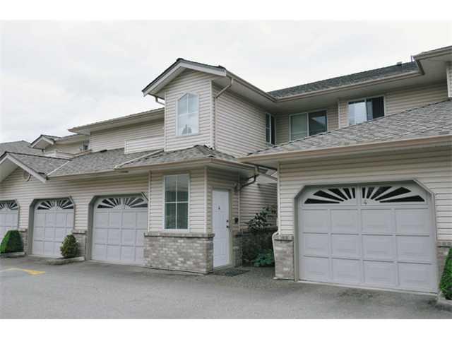 "Main Photo: 4 19060 FORD Road in Pitt Meadows: Central Meadows Townhouse for sale in ""REGENCY COURT"" : MLS® # V935497"