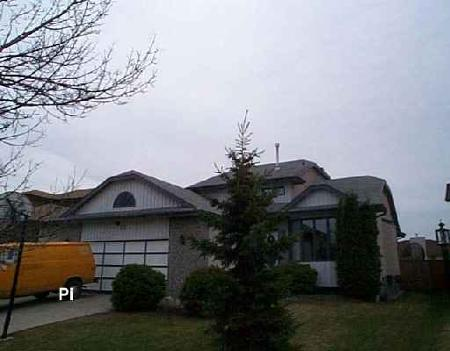 Photo 1: 22 Strewchuk: Residential for sale (Canada)  : MLS® # 2605136