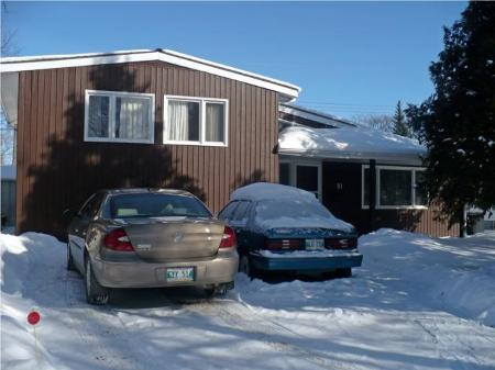 Photo 2: 91 Coralberry Ave.: Residential for sale (Canada)  : MLS(r) # 1003170
