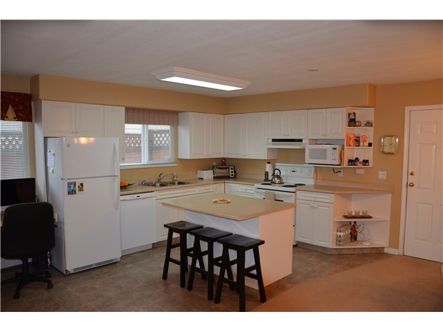 Photo 10: 20113 120A Avenue in Maple Ridge: Northwest Maple Ridge House for sale : MLS(r) # V993103