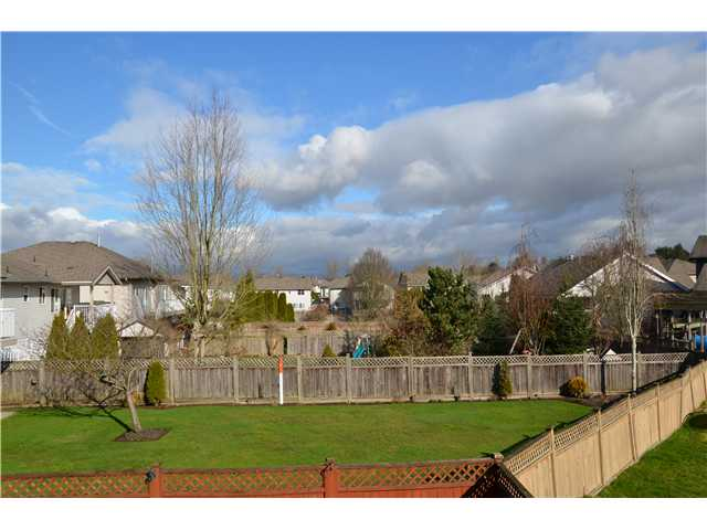 Photo 2: 20113 120A Avenue in Maple Ridge: Northwest Maple Ridge House for sale : MLS(r) # V993103
