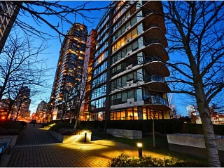 Main Photo: # 100 9 SMITHE MEWS ME in Vancouver: Yaletown Condo for sale (Vancouver West)  : MLS® # V1043243
