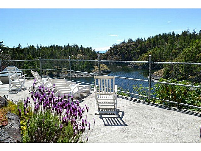 Photo 10: Photos: 9519 FRENCHMAN'S Lane in Halfmoon Bay: Halfmn Bay Secret Cv Redroofs House for sale (Sunshine Coast)  : MLS® # V1074123