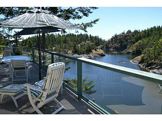 Photo 1: Photos: 9519 FRENCHMAN'S Lane in Halfmoon Bay: Halfmn Bay Secret Cv Redroofs House for sale (Sunshine Coast)  : MLS® # V1074123