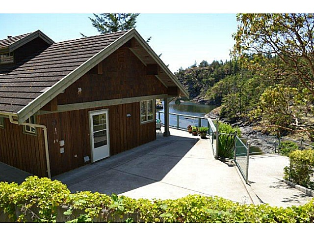 Photo 4: Photos: 9519 FRENCHMAN'S Lane in Halfmoon Bay: Halfmn Bay Secret Cv Redroofs House for sale (Sunshine Coast)  : MLS® # V1074123