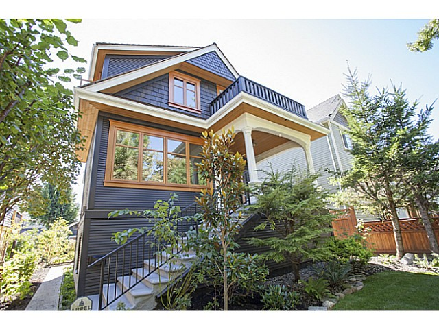 Main Photo: 1368 E 11TH Avenue in Vancouver: Grandview VE House for sale (Vancouver East)  : MLS® # V1082996