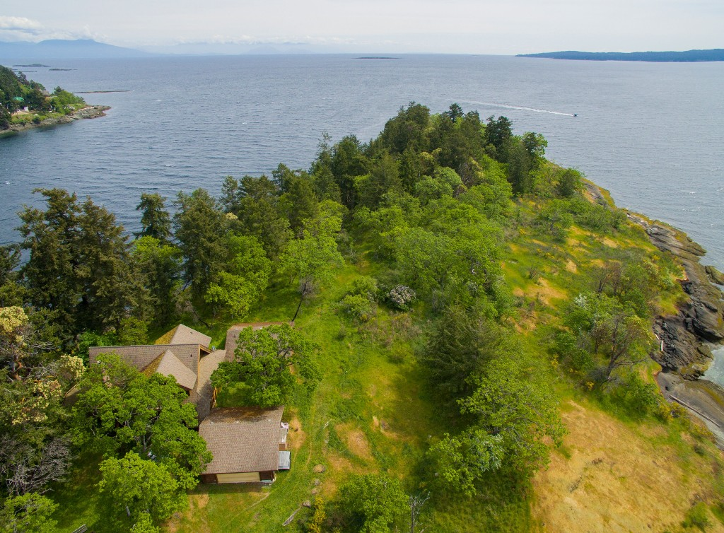 Photo 3: Jesse Island in Nanaimo: Departure Bay House for sale : MLS® # 408097