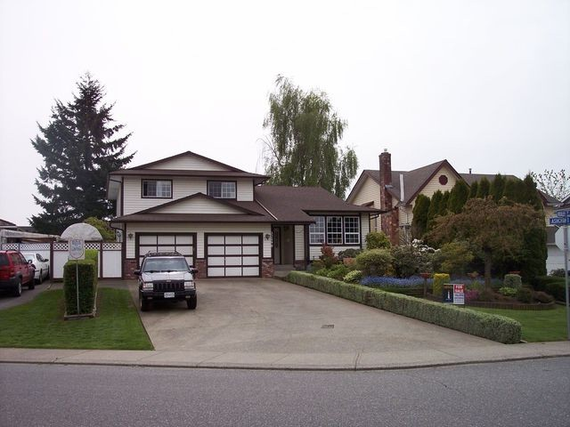 "Main Photo: 32090 ASHCROFT Drive in Abbotsford: Abbotsford West House for sale in ""FAIRFIELD ESTATES"" : MLS® # F1310227"