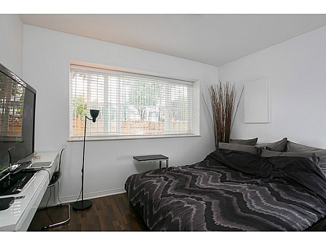 Photo 17: 903 E 31ST Avenue in Vancouver: Fraser VE House for sale (Vancouver East)  : MLS(r) # V1014654