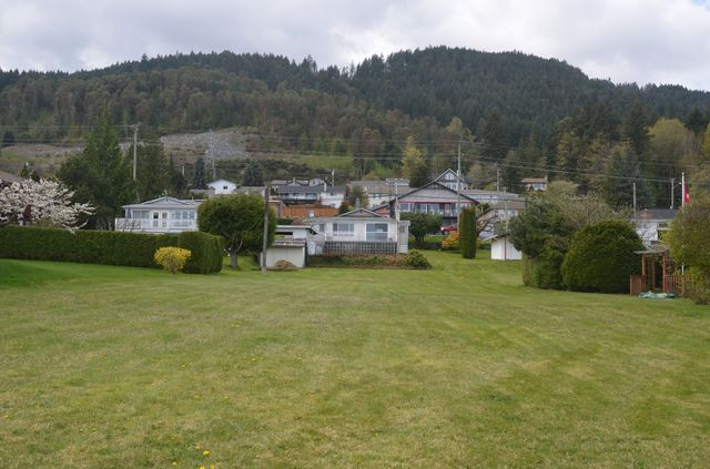 Photo 8: Photos: 427 DAVIS ROAD in LADYSMITH: House for sale : MLS® # 373138