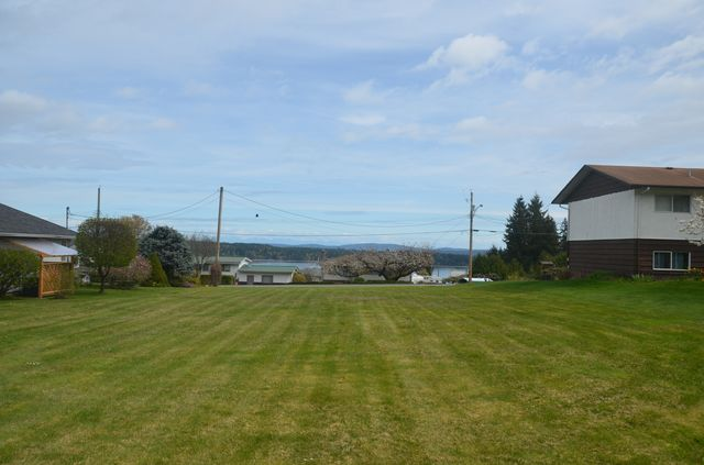 Photo 3: Photos: 427 DAVIS ROAD in LADYSMITH: House for sale : MLS® # 373138