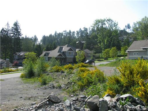 Photo 5: 2038 Troon Court in VICTORIA: La Bear Mountain Land for sale (Langford)  : MLS(r) # 262751