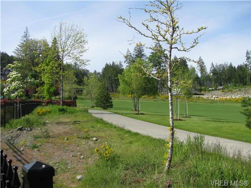 Photo 2: 2038 Troon Court in VICTORIA: La Bear Mountain Land for sale (Langford)  : MLS(r) # 262751