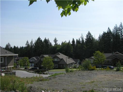 Photo 4: 2038 Troon Court in VICTORIA: La Bear Mountain Land for sale (Langford)  : MLS(r) # 262751