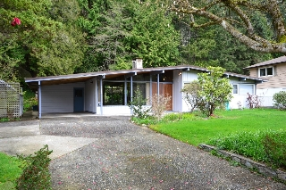 Main Photo:  in : Eagle Harbour House for lease (West Vancouver)