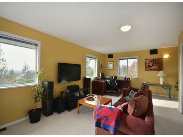 "Photo 6: 16437 77TH Avenue in Surrey: Fleetwood Tynehead House for sale in ""COAST MERIDIAN ESTATES"" : MLS® # F1306840"