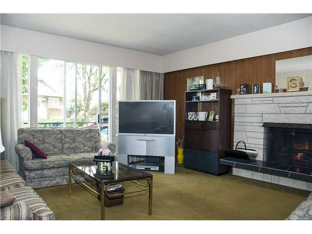 Photo 4: 4094 W 19TH AV in Vancouver: Dunbar House for sale (Vancouver West)  : MLS(r) # V1065259