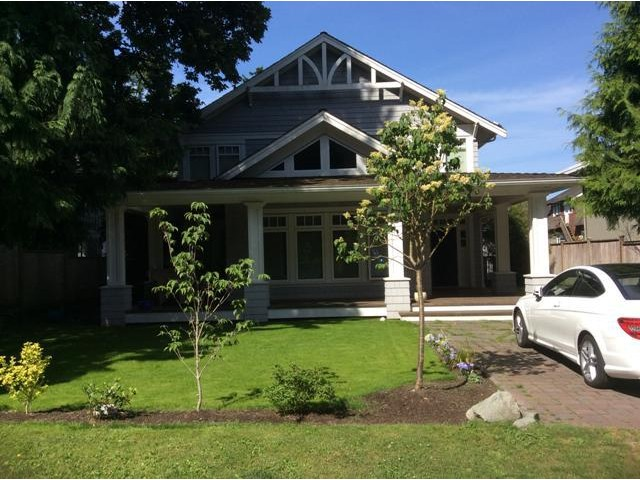 Main Photo: 2623 MCBRIDE AV in Surrey: Crescent Bch Ocean Pk. House for sale (South Surrey White Rock)  : MLS®# F1444187
