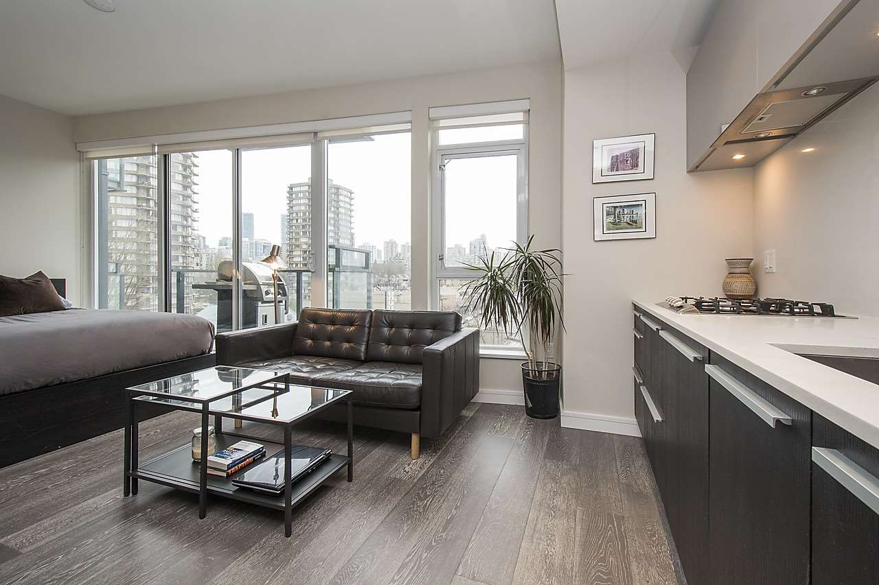 Main Photo: 704 1221 BIDWELL STREET in Vancouver: West End VW Condo for sale (Vancouver West)  : MLS(r) # R2139086