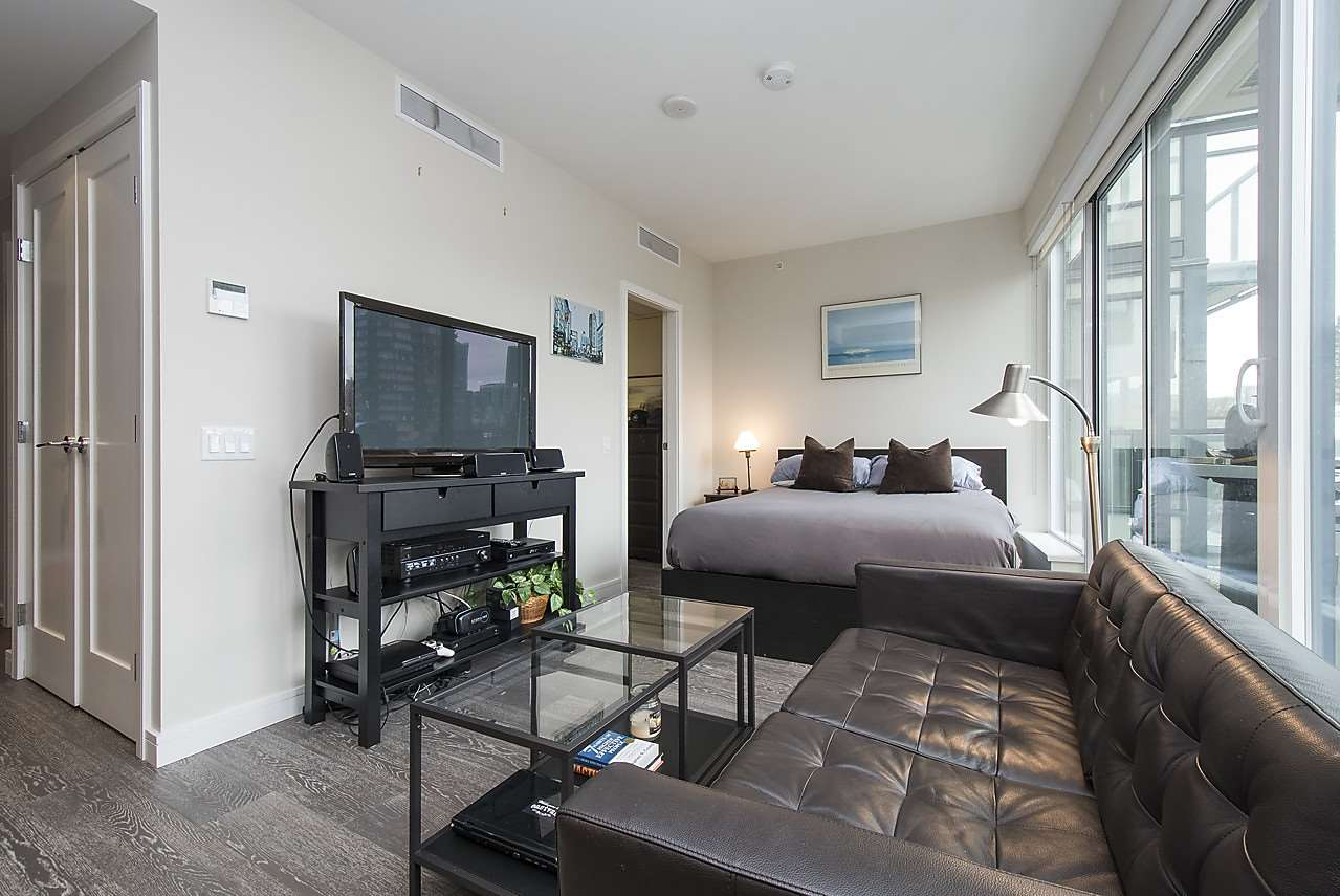 Photo 5: 704 1221 BIDWELL STREET in Vancouver: West End VW Condo for sale (Vancouver West)  : MLS(r) # R2139086
