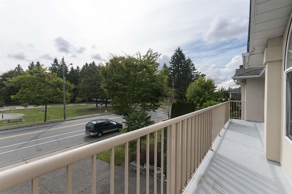 Photo 17: 15845 80 Avenue in Surrey: Fleetwood Tynehead House for sale : MLS® # R2000839