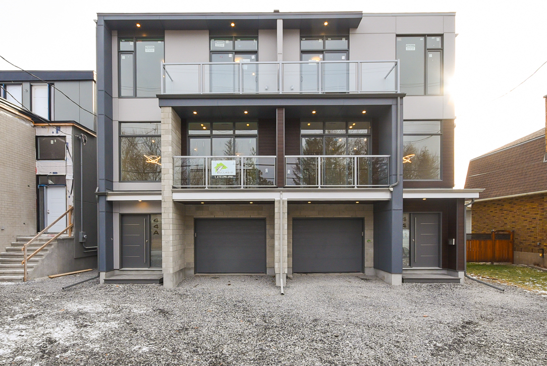 FEATURED LISTING: A - 44 BYRON AVENUE Ottawa