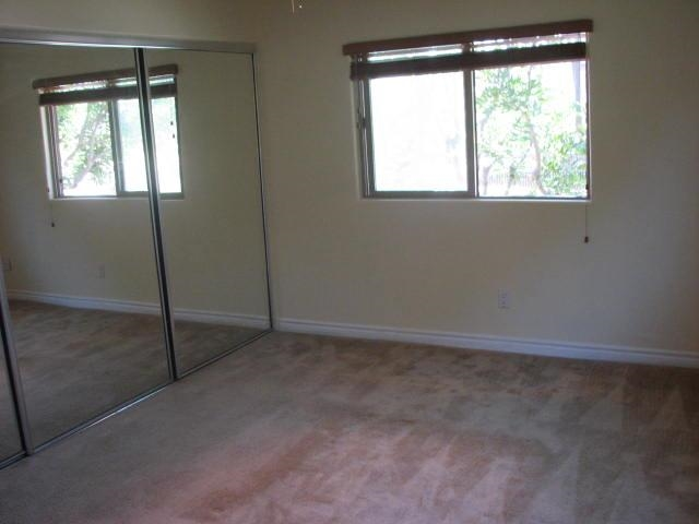 Photo 10: SAN DIEGO Condo for sale : 2 bedrooms : 2744 B Street #206