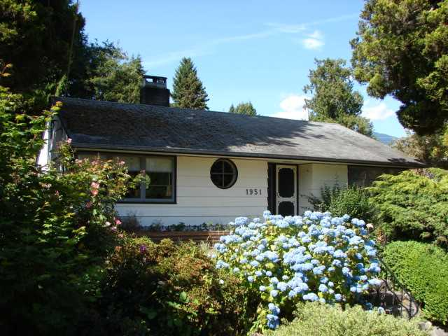 Main Photo: 1951 Kings Avenue in West V ancouver: Ambleside House for sale (West Vancouver)  : MLS® # V1138740
