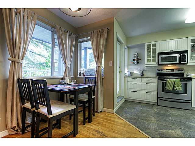 "Photo 4: 3 7345 SANDBORNE Avenue in Burnaby: South Slope Townhouse for sale in ""SANDBORNE WOODS"" (Burnaby South)  : MLS(r) # V984228"