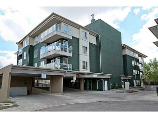 Main Photo: 107 3101 34 Avenue NW in CALGARY: Varsity Village Condo for sale (Calgary)  : MLS(r) # C3569459