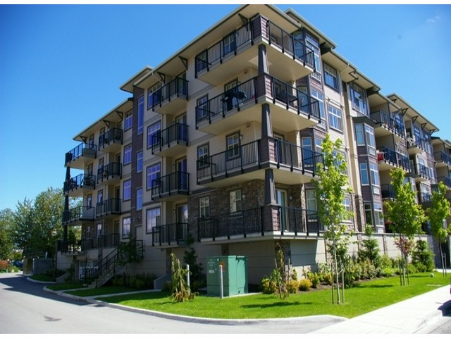 Main Photo: # 407 45893 CHESTERFIELD AV in Chilliwack: Chilliwack W Young-Well Condo for sale : MLS® # H1402785