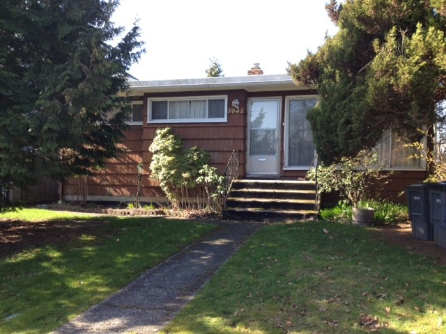 Main Photo: 7041 ELLIOTT ST in Vancouver: Fraserview VE House for sale (Vancouver East)  : MLS® # V1108035
