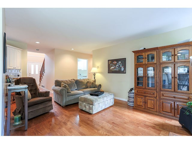 Photo 8: 14256 GLADSTONE DR in Surrey: Bolivar Heights House for sale (North Surrey)  : MLS(r) # F1442599