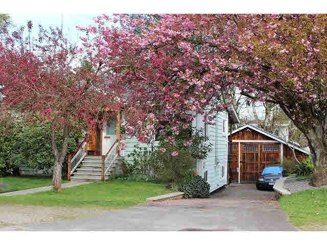 Main Photo: 7544 DUNSMUIR STREET in Mission: Mission BC House for sale : MLS® # F1450816