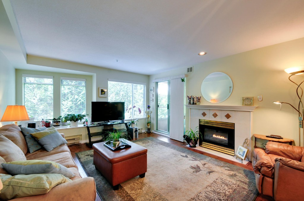 Photo 9: 303 6737 STATION HILL COURT in Burnaby: South Slope Condo for sale (Burnaby South)  : MLS® # R2077188