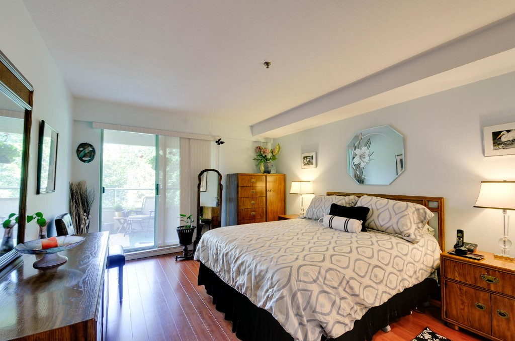 Photo 13: 303 6737 STATION HILL COURT in Burnaby: South Slope Condo for sale (Burnaby South)  : MLS® # R2077188