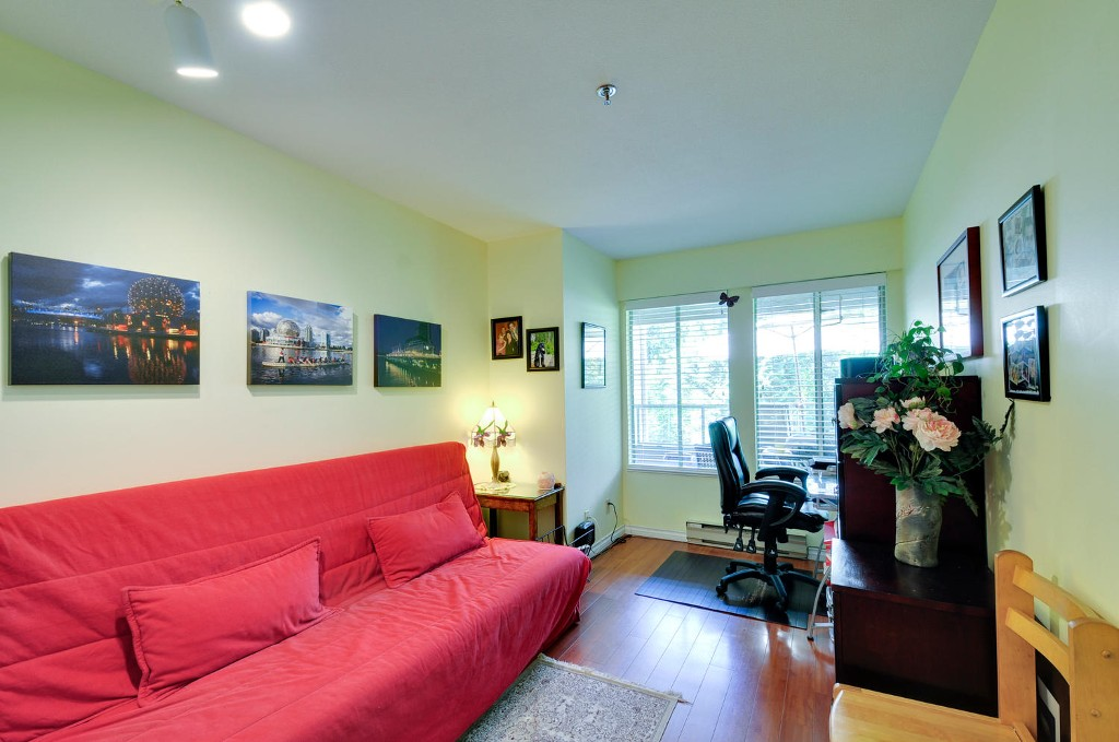 Photo 16: 303 6737 STATION HILL COURT in Burnaby: South Slope Condo for sale (Burnaby South)  : MLS® # R2077188
